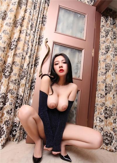 中国巨乳美女モデル 松果儿(Song GuoEr) セクシーヌード画像 2