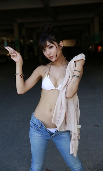 石川恋 セクシービキニ画像 17