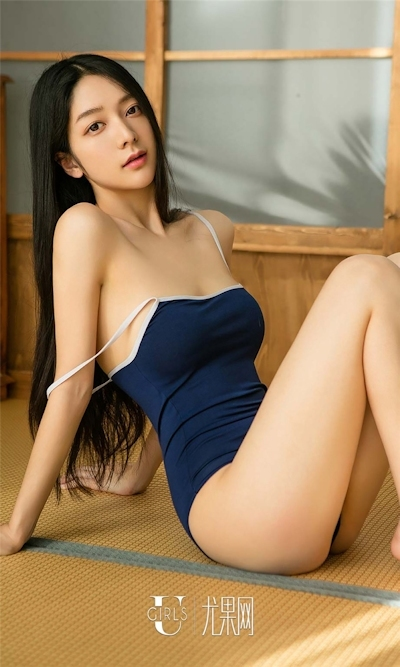 中国美女モデル 小琪(Xiaoqi) セクシースク水画像 4