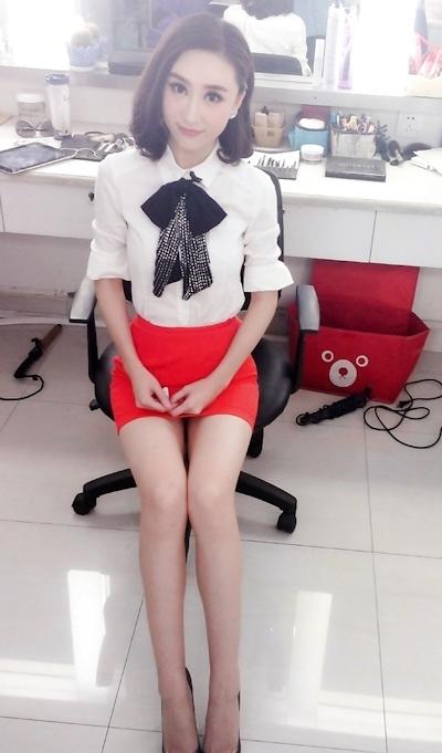 中国の美人キャスターのセックステープが流出? 2