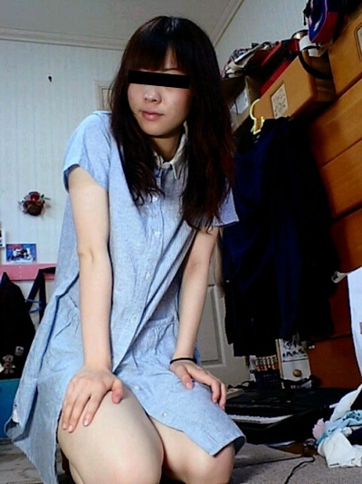 日本の素人美女がオマンコくぱぁしてる自分撮りヌード流出画像 2