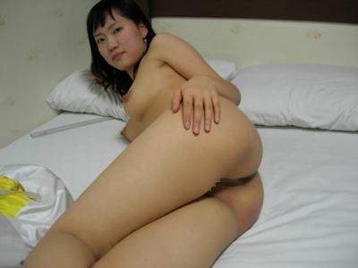 韓国素人美女の流出ヌード画像 1