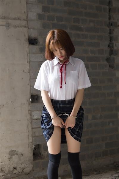 JKコスプレのアジア美女の緊縛ヌード画像 4