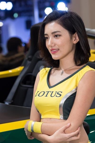東京オートサロン2017 セクシーコンパニオン画像 21
