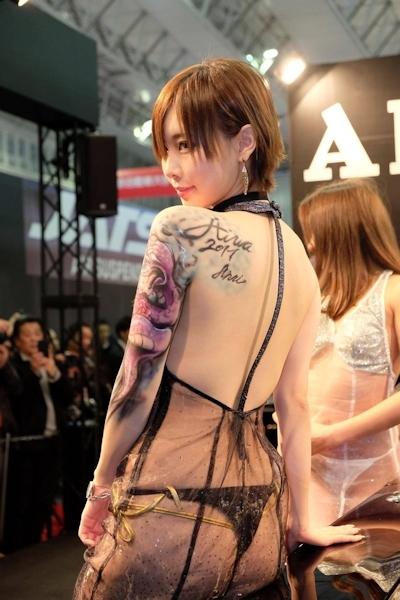 東京オートサロン2017 セクシーコンパニオン画像 22