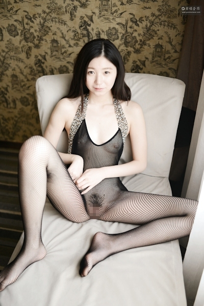 中国美女モデル 张静文(ZhangJingwen) 網タイツヌード画像 7