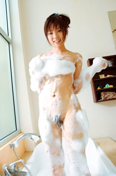 泡泡ヌード画像 13