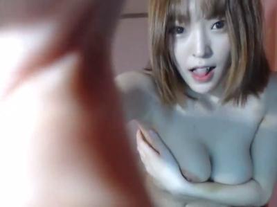 巨乳な韓国美人BJのトップレスダンス 1