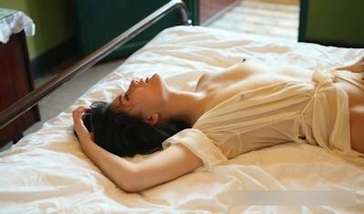 美乳な中国美女モデル 阿朱(Azhu) セクシーヌード画像 16