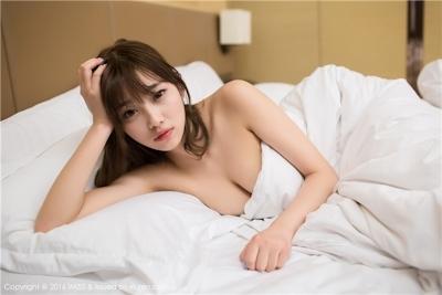 中国巨乳美女モデル sugar小甜心CC セクシーセミヌード画像 23