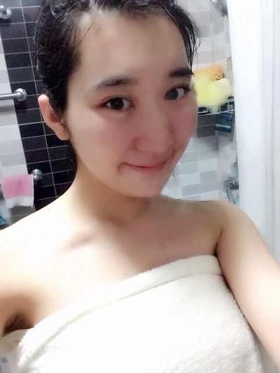 中国素人美女の流出ヌード画像 2