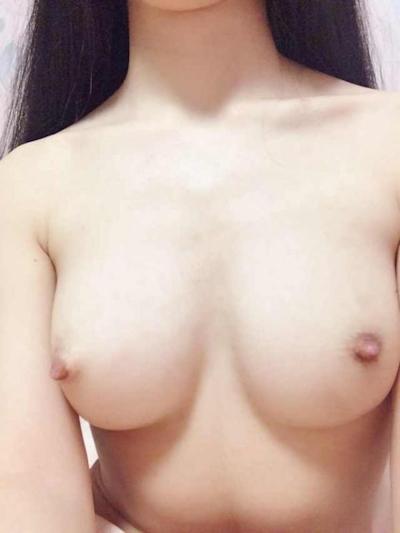 中国素人美女の流出ヌード画像 10
