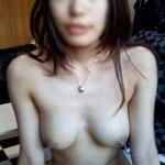 日本の素人美女のヌード画像