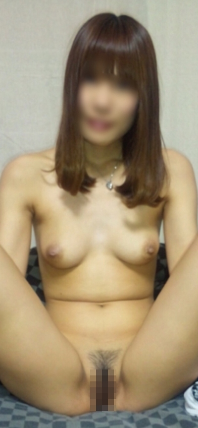 日本の素人美女のヌード画像 5
