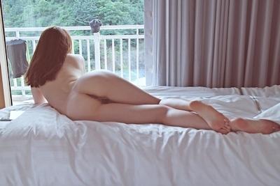 美乳な韓国女性のヌード画像 19