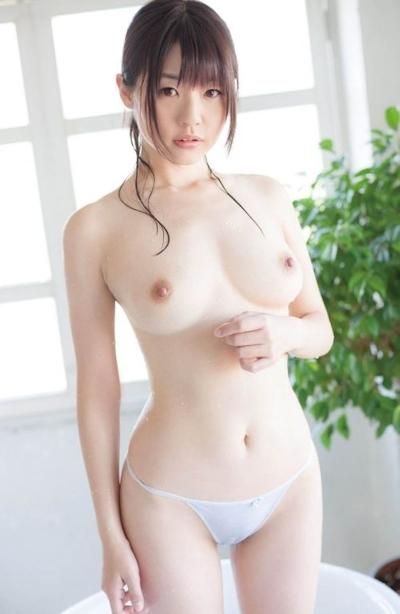 日本の美少女のヌード画像 21