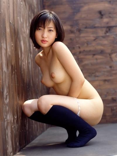 日本の美少女のヌード画像 23
