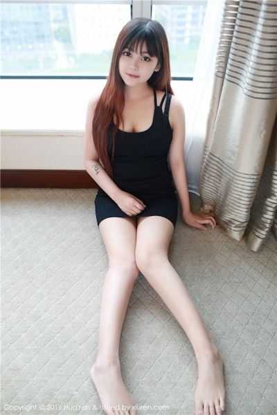 中国美少女モデル 小月儿(Xiaoyuer) セクシー画像 10