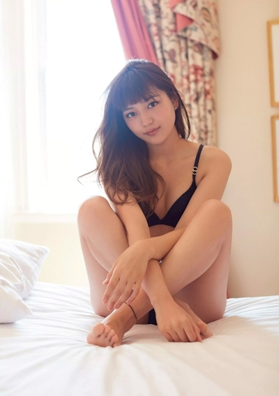 川口春奈 セクシーグラビア画像 2