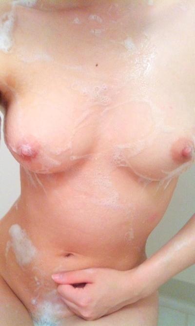 美乳なおっぱい画像 5