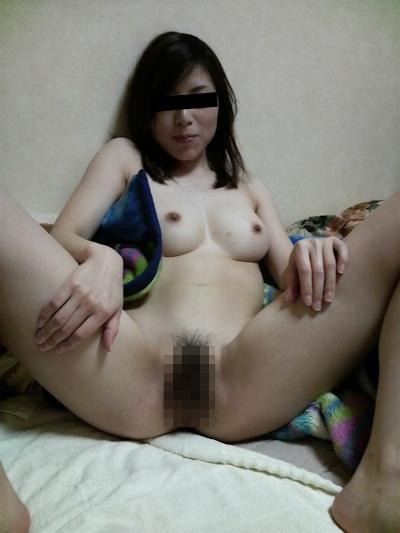 日本の素人美女の流出ヌード画像 9