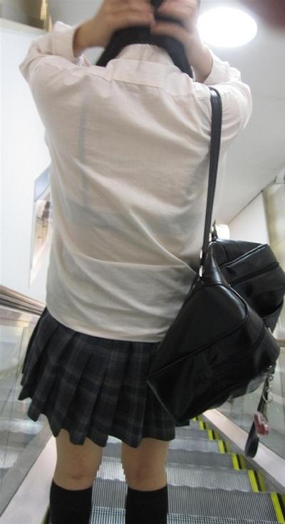 JKの透けブラ画像 14