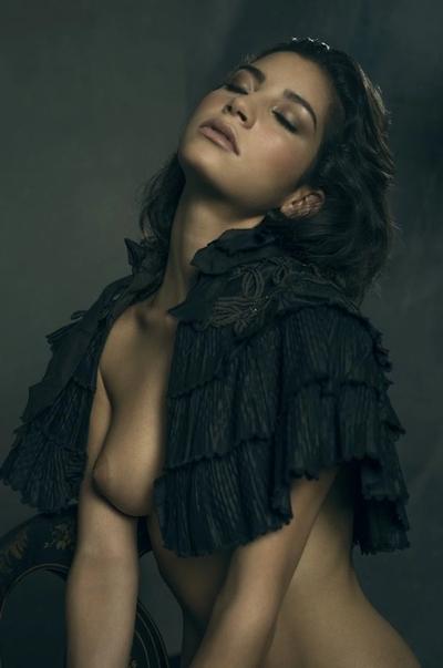 タヒチ出身の美女モデル Emilie Payet(エミリー・ぺイェ) セクシーヌード画像 3