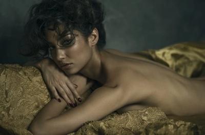 タヒチ出身の美女モデル Emilie Payet(エミリー・ぺイェ) セクシーヌード画像 6