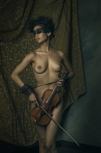 タヒチ出身の美女モデル Emilie Payet(エミリー・ぺイェ) セクシーヌード画像 7
