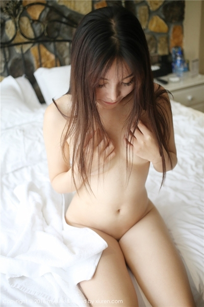 中国美女モデル 芝芝Booty セクシーセミヌード画像 9