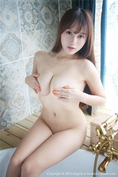 中国巨乳美女モデル 猩一(Xingyi) セクシーセミヌード画像 17