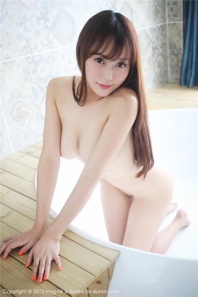 中国巨乳美女モデル 猩一(Xingyi) セクシーセミヌード画像 20