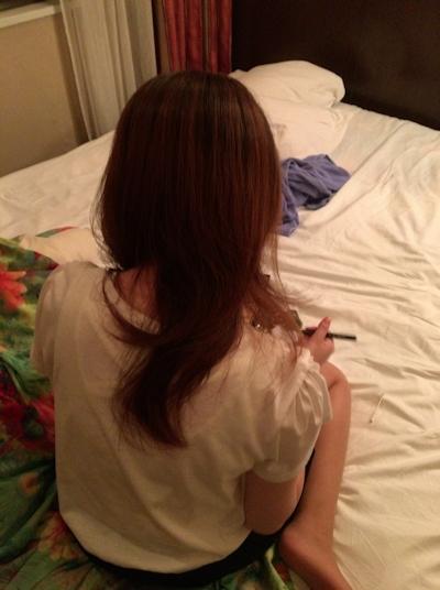 日本の美人妻の流出ヌード画像 4