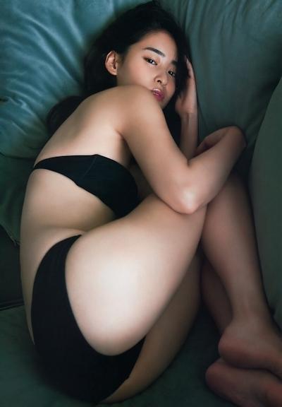 柳美稀 セクシーグラビア画像 5