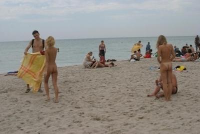 ロシアのヌーディストビーチのヌード画像 9