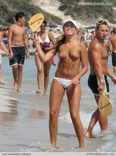 ロシアのヌーディストビーチのヌード画像 11