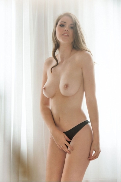 イギリスセクシーモデル Rosie Danvers(ルージー・ダンバース) セクシーヌード画像 10