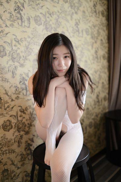 中国美女モデル 张静文(ZhangJingwen) セクシーヌード画像 4