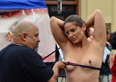 アメリカの野外SMショー 「Folsom Street Fair」 の画像 22
