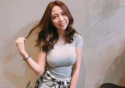 美人で巨乳と話題の台湾のネイリスト 林奈奈(Lin Nainai) 3