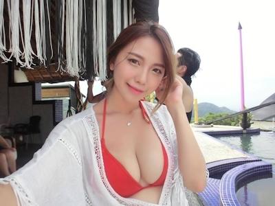 美人で巨乳と話題の台湾のネイリスト 林奈奈(Lin Nainai) 5