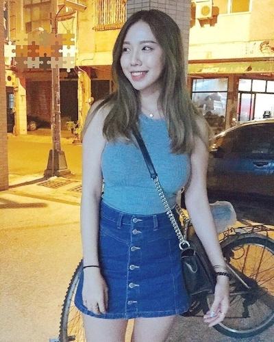 美人で巨乳と話題の台湾のネイリスト 林奈奈(Lin Nainai) 8