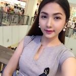 東南アジアのセレブ美女の自分撮りヌード画像
