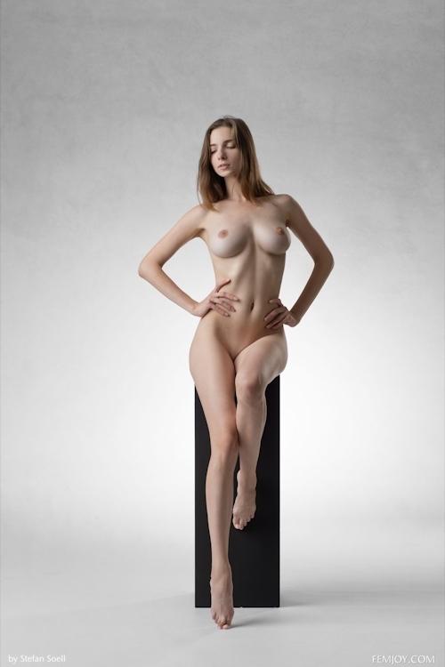 ウクライナ美女 Mariposa セクシーヌード画像 2