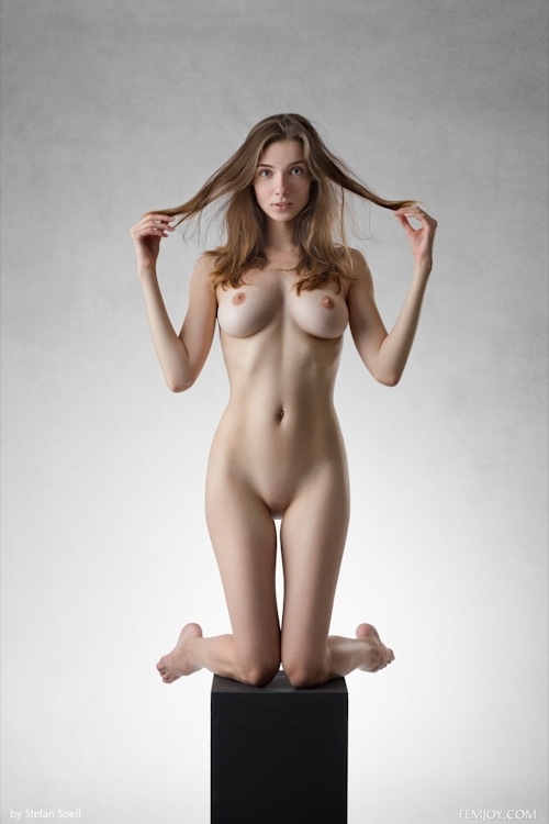 ウクライナ美女 Mariposa セクシーヌード画像 10