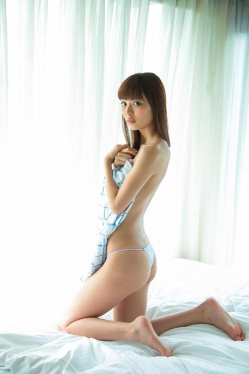 内田理央 セクシーグラビア画像 8