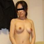 日本の素人美女の流出ヌード画像
