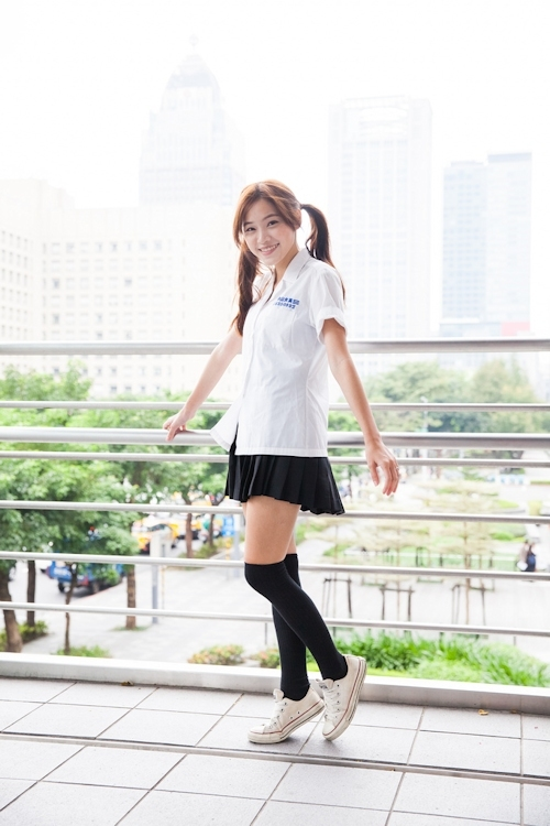 台湾の美少女JKの制服画像 5