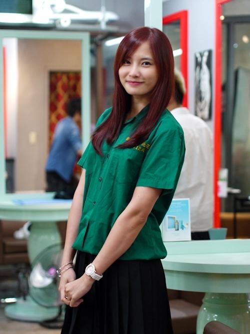 台湾の美少女JKの制服画像 12