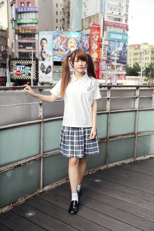 台湾の美少女JKの制服画像 15